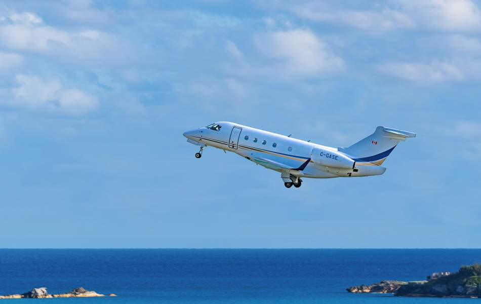 AirSprint Legacy 450 Taking Off From Bermuda