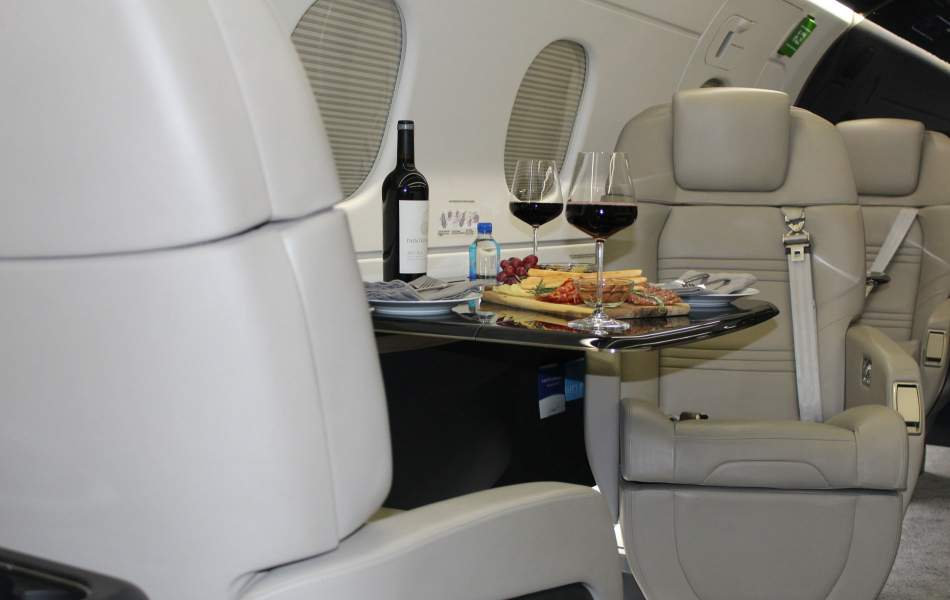 Embrarer Legacy 450 with AirSprint Fine Dining Experience