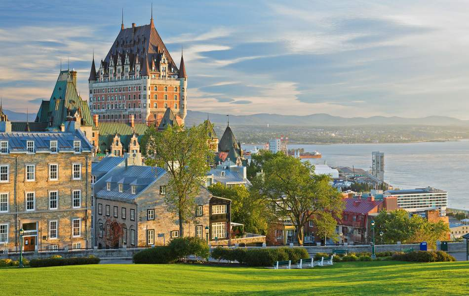 Fairmont Le Château Frontenac with Village